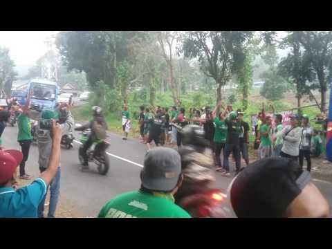 Bonek Tour Bandung OM TELOLET OM