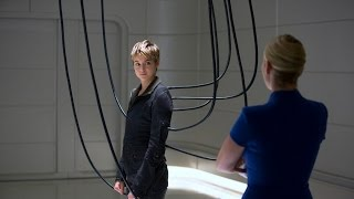THE DIVERGENT SERIES: INSURGENT - Super Bowl Pre-Game Trailer