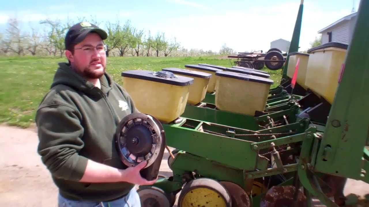 Wiring Diagram For John Deere 7000 Planter : Modification of john deere no till planter for pumpkins youtube