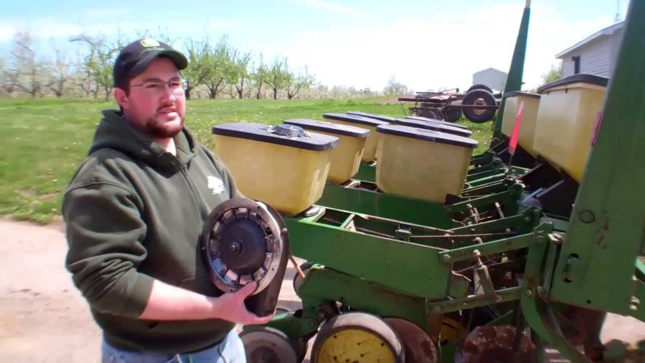 Modification Of John Deere 7000 No Till Planter For Pumpkins Youtube