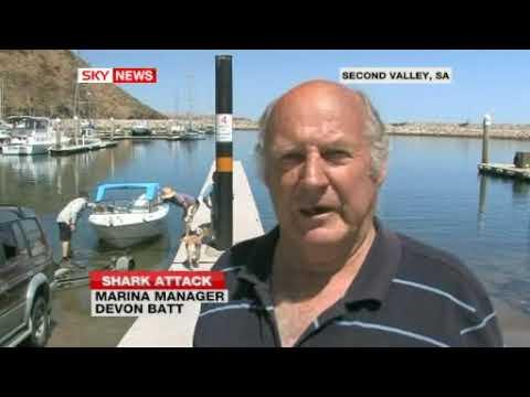 !!GREAT WHITE SHARK ATTACKS SCUBA DIVER IN AUSTRALIA!! 11/9/09