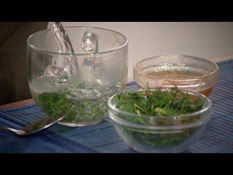 Первая помощь при отравлении продуктами, народные рецепты