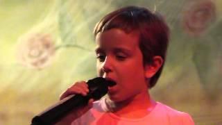 stella che canta Pasqualino Maraja