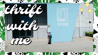 Come Thrift With Me in Hawaii | Goodwill Try On Thrift Haul