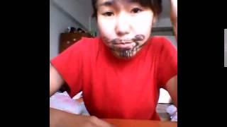 Девушка поёт песню Борода Тимати. Смешное Видео =D