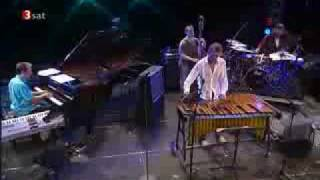 """Mike Pope performing """"The King""""  with the Joe Locke/Geoffrey Keezer Group"""