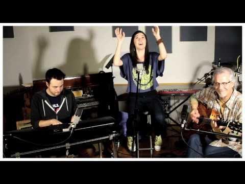 Kirk Franklin - I Smile (Live Cover by Sara Niemietz)