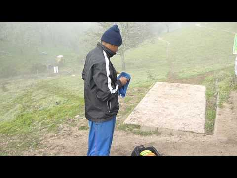 Jacob Chains Out hole 1 skyline wilderness park