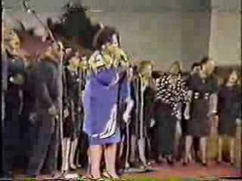 Karen Clark Sheard singing Higher