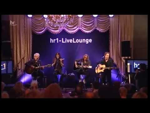 foreigner-in-pieces-unplugged-andi-sjah