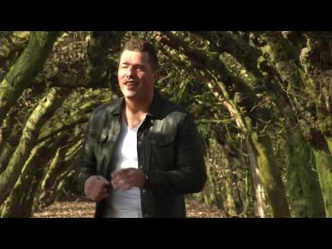 Mike Kanders Desperado (Officiële videoclip)