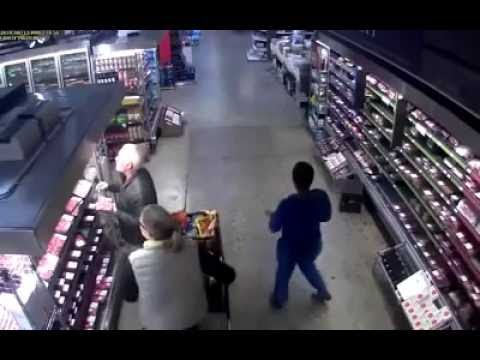 Quick Robbery at Woolworths, Gateway Mall Durban, South Africa