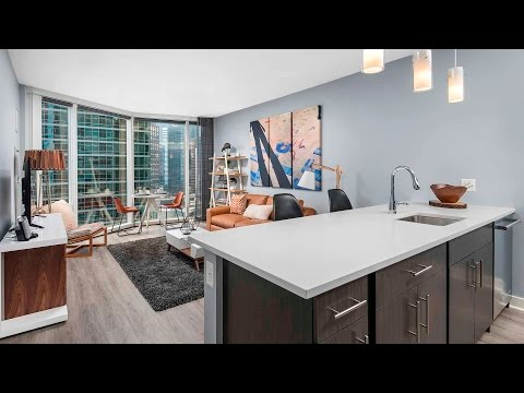 A stylish 1-bedroom model at Streeterville