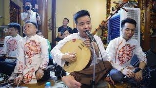 Nghệ nhân Văn Chung lừng danh, Hoài Thanh hát văn; Á hậu hầu thánh tại đền cô Bơ