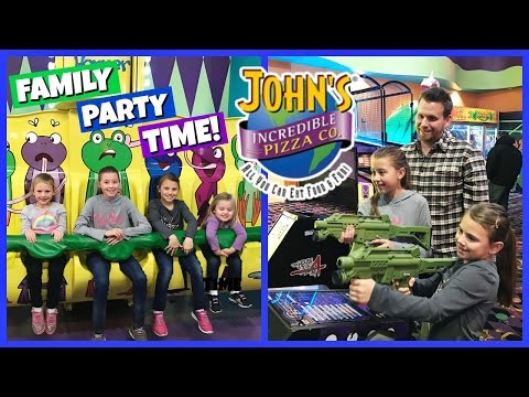FAMILY FUN PLAYING AT JOHN'S INCREDIBLE PIZZA! | PARTY TIME!