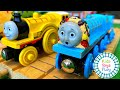 Thomas and Friends Totally Thomas Town Huge Surprise Box