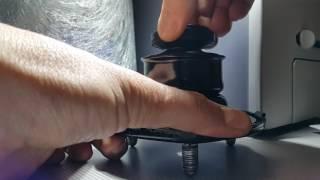 Как стучит отбойник в опоре переднего амортизатора мазда 6