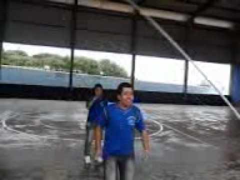 pulando corada (E. Fisica)