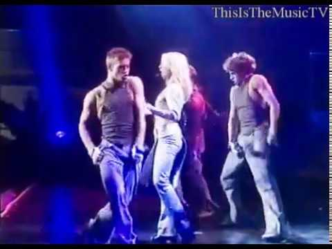 Britney Spears - Stronger - LIVE in London (OIDIA Tour)