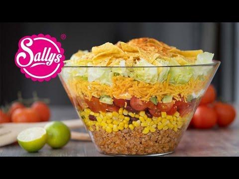 Mexikanischer Partysalat - Taccosalat - Nachosalat - Partyrezept / Sallys Welt