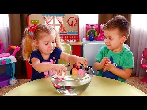 Bad Baby ПРИВИДЕНИЕ НАПАДАЕТ Видео для Детей Вредные Детки Funny Video for kids Ghost ATTACKS