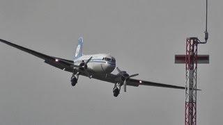 DAKOTA Douglas DC3 KLM take-off + landing