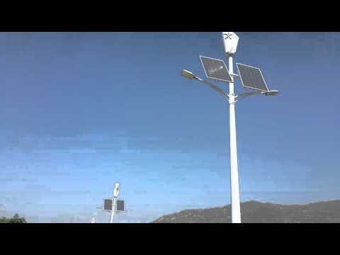 Renewable Energy / New Hope USA / Saudi and Yemen border hybrid street light 2 arms