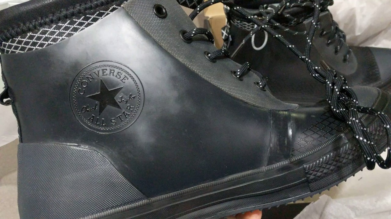 1b99d3d2e0a6 Nike Chuck Taylor II Waterproof Thermo Boots - YouTube