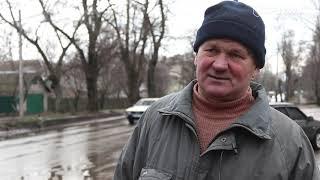 Повреждение четырех колес в яме на ул. Героев Чернобыля