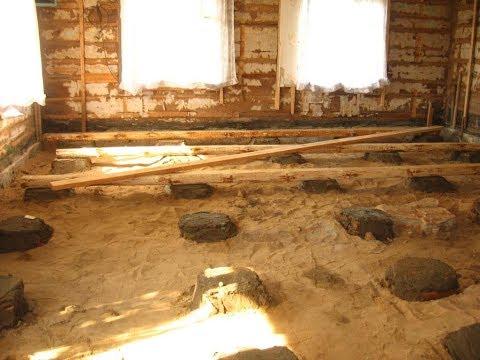 видео: Установка столбиков под лаги. installation of supports for floor