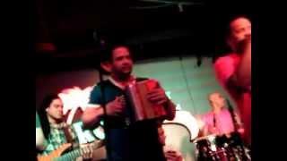La Kerubanda en el Tropical Club de Passaic!!!Ardeymas.com
