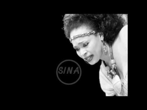 Oumou Sangare - Sina
