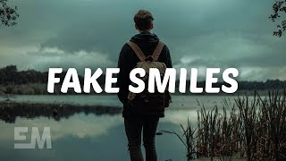 Munn - Fake Smiles (Lyrics)