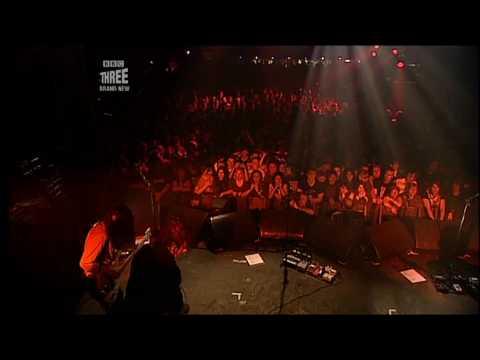 Broken Boy Soldier and Teenage Kicks - The Raconteurs in London