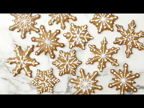 Gingerbread Snowflakes - Martha Stewart