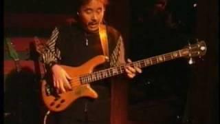"Composer & Bass:鳴瀬喜博 Yoshihiro ""Narucho"" Naruse/Guitar:是方..."