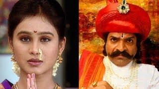 Tu Tithe Me Fame Mrunal Dusnis To Debut In Marathi Movie Shrimant Damodar Pant [HD]