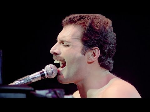 18. Bohemian Rhapsody - Queen Live in Montreal 1981 [1080p HD Blu-Ray Mux]