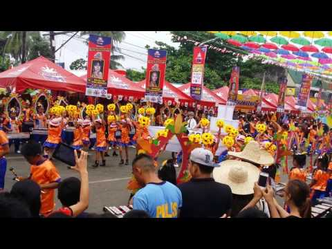 Cauayan city south central school - 2017 gawagawayan drum and lyre