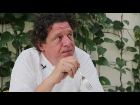 Marco Pierre White tries South African dishes