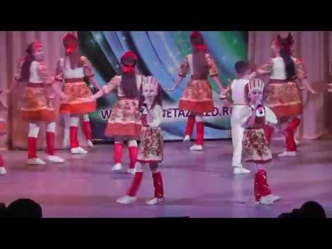 Поцелую бабушку. IV Международный конкурс Изумрудная волна 2018 Дуэт Оля Саитова и Настя Шамина