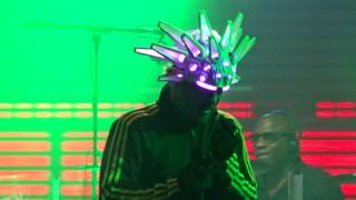 Jamiroquai - Shake It On / Little L - Colours of Ostrava 2017