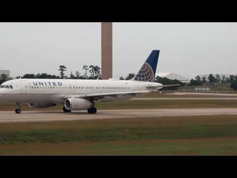 2016/11/13 United Airlines 1535 Takeoff & Landing: Houston - Los Angeles