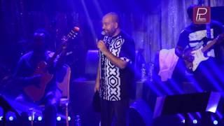 Show de Paulo Flores na casa 70