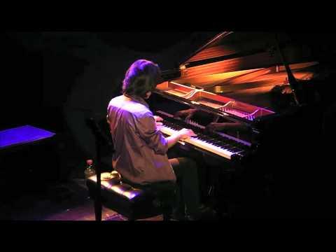 Taka Kigawa - Pierre Boulez: Second Sonata (excerpt)