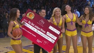 Julius Randle 3rd Triple Double! Fan Sinks $95,000 Shot! Grizzlies vs Lakers