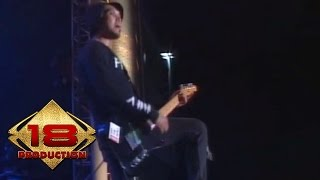 Rocket Rockers - Mimpi Menjadi Sarjana  (Live Konser Bandung 9 Mei 2015)