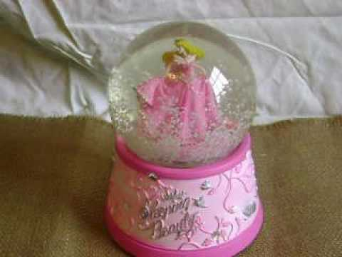 VINTAGE~DISNEY~PRINCESS AURORA~SLEEPING BEAUTY~MUSICAL~ROTATING SNOW~WATER~SNOW GLOBE~