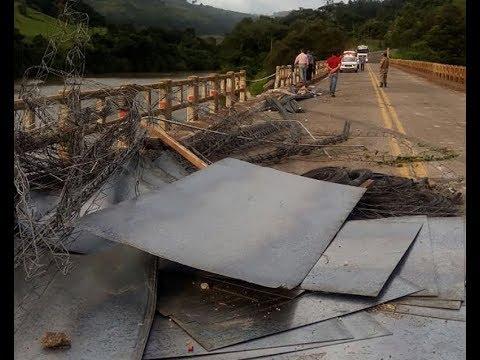 Caminhão cai dentro no Rio Irani no Oeste de Santa Catarina. Bombeiros fazem buscas pelos corpos