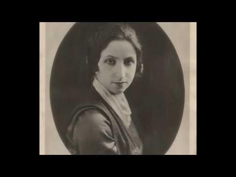 Coloratura Soprano Amelita Galli-Curci:  Bell Song (1917)